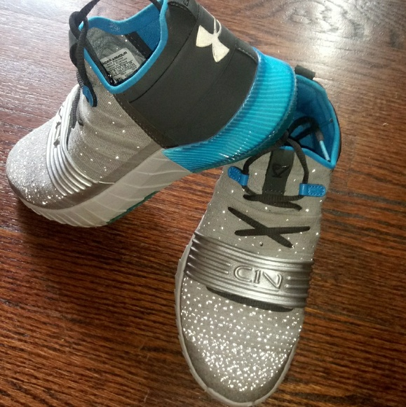 Under Armour Other - Under Armour Big Kids 4.5